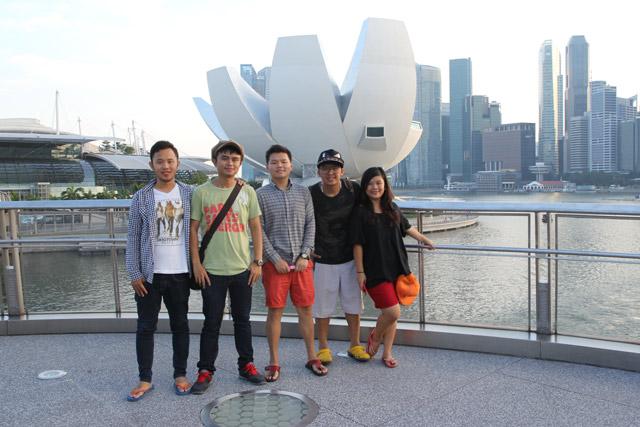 Pertama-Kali-Ke-Singapore