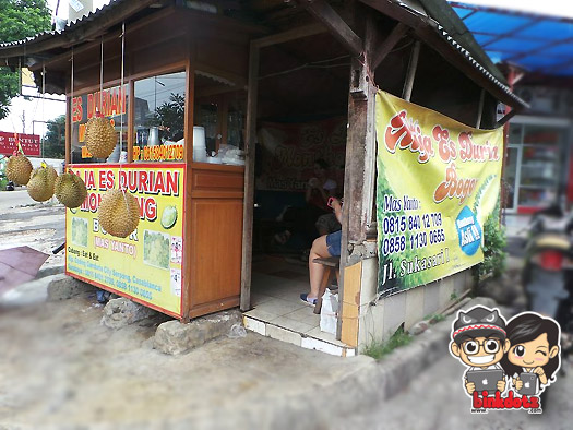 Es-Durian-Super-Monthong-Mas-Yanto
