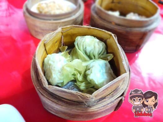 Pangsit-Shanghai-Dim-Sum-Mbledos